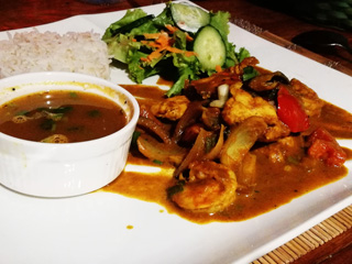 Mauritian-style chicken