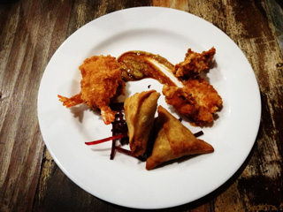 Samosa and fried prawns