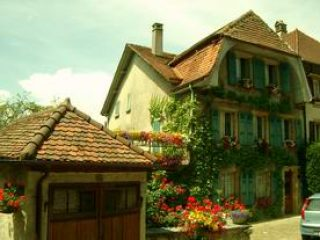 House Estavayerlelac